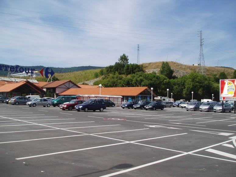Planta_de_aparcamientos_en_hipermercado_carrefour_1