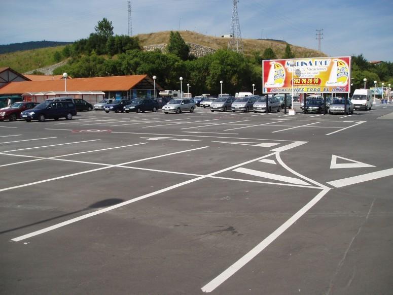 Planta_de_aparcamientos_en_hipermercado_carrefour_2