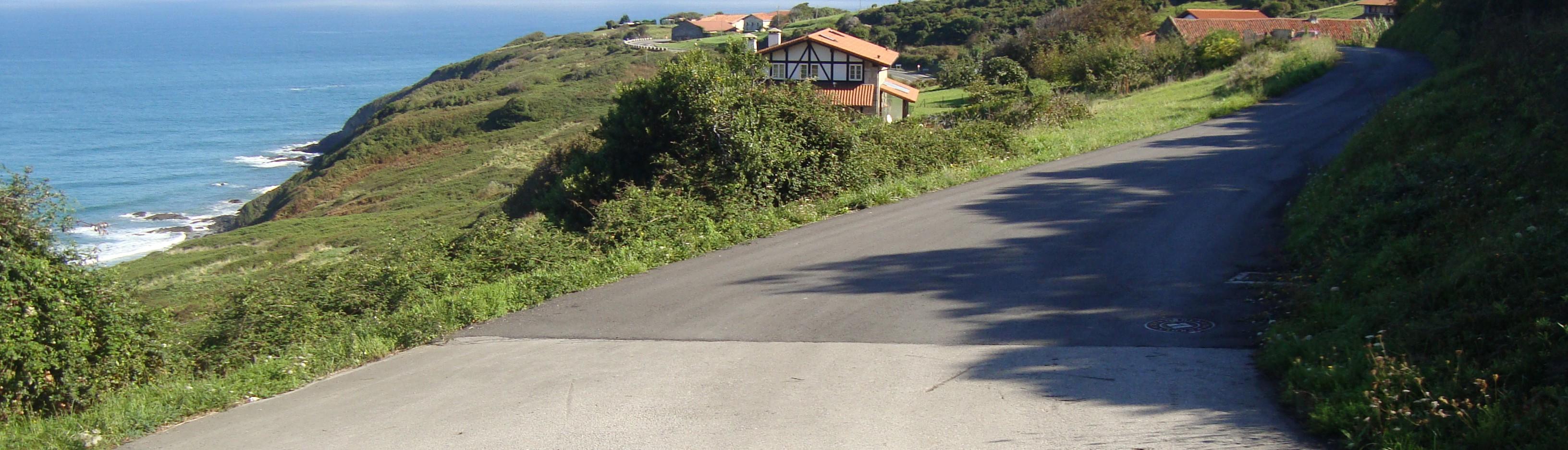 acondicionamiento_y_ensanche_de_caminos_-en_ibarrangelu_0