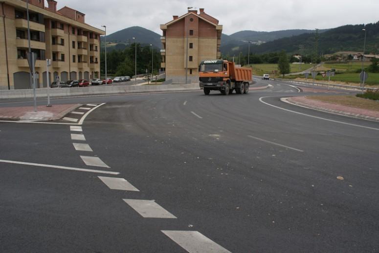 asfaltado_de_la_mejora_de_la_seguridad_vial_en_iurreta_1
