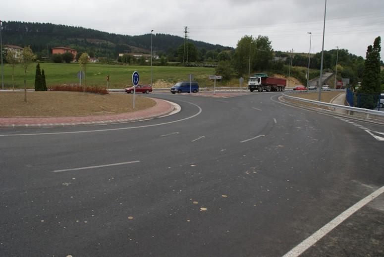 asfaltado_de_la_mejora_de_la_seguridad_vial_en_iurreta_3