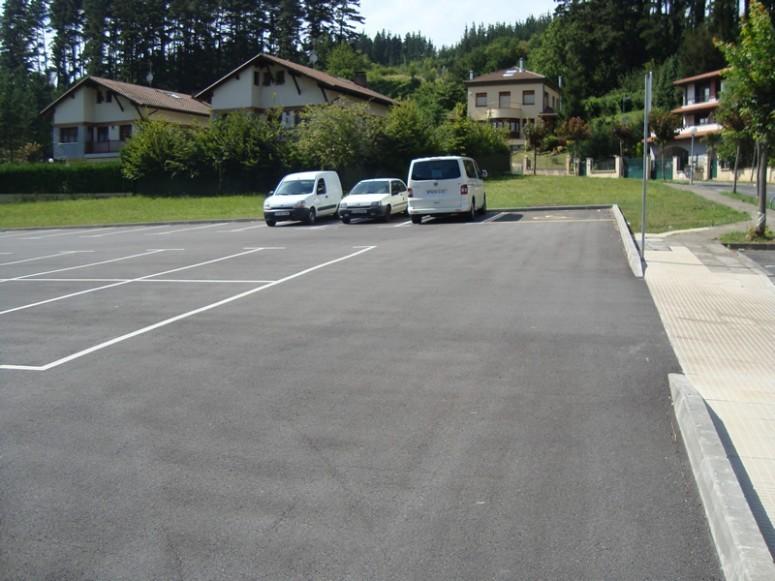 construccion_de_un_aparcamiento_en_sautoulabarri_zeberio_2